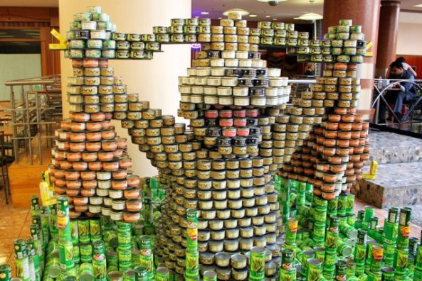 canned-goods-sculptures-1