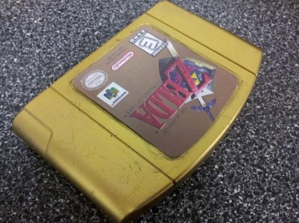 Zelda-Gold-Cartridge-Soap1-620x464