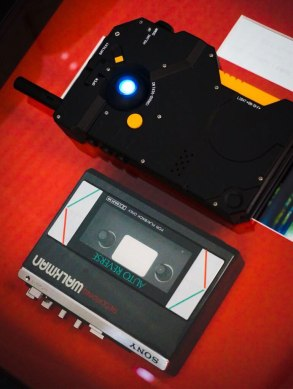 iDroid-iPhone-Case-and-Walkman
